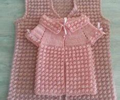 Best 8 Round Yoke Cardigan – Knitting pattern by OGE Knitwear Designs – SkillOfKing. Baby Knitting Patterns, Crochet Poncho Patterns, Knitting Designs, Hand Knitting, Baby Cardigan, Baby Pullover, Gilet Crochet, Crochet Lace, Baby Sweaters