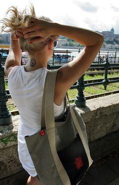 CityHopper Budapest - urban tote bag