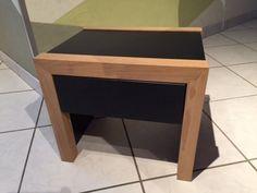 Table de chevet par pilou226 - voici une table de chevet en chêne et MDF peint en noir.