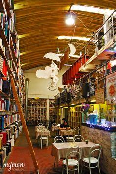 Livraria Ler Devagar, Óbidos, Portugal