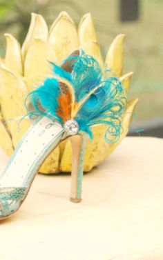 Something Blue Wedding Shoe Clips. Peacock Mix Teal Turquoise Orange Yellow by sofisticata, http://sofisticata.etsy.com Statement Heel Accessory. Bridesmaid Gift Idea. MORE combinations available!