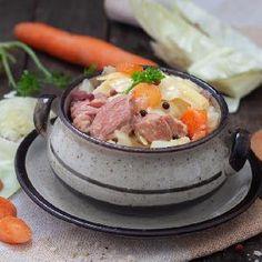 Kartacze podlaskie: przepis Małgorzaty Raduchy [LATO Z RADIEM] - Beszamel.se.pl Potato Salad, Potatoes, Meat, Chicken, Ethnic Recipes, Food, Potato, Essen, Meals