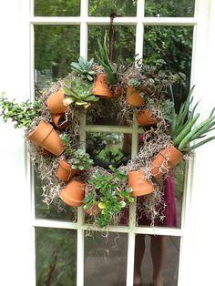 Easy succulent wreath...DIY