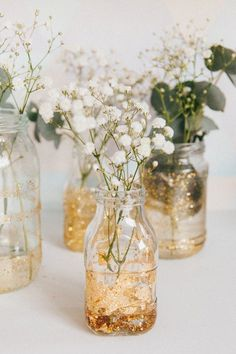Diy Wedding Decorations 393783561159504487 - Les vases shiny Source by lescookines Glitter Wedding, Gold Wedding, Wedding Flowers, Dream Wedding, Wedding Day, Spring Wedding, Wedding Dress, Diy Party Table Decorations, Wedding Decorations