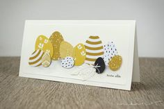… oder das Gelbe vom Februarkit 😉 Ich persönlich finde die Papiere ja ganz h… … or the yellow of the February Kit;] Personally, I find the papers very well suited for Easter cards and I still have eggs … Easter Art, Easter Crafts, Diy Easter Cards, Easter Eggs, Egg Card, Card Sketches, Halloween Cards, Diy Cards, Scrapbook Cards