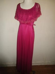 Long Vintage Bright Pink/Magenta Evening Gown by ILGWU - Size 13/14 - Lace Top, Pleated Bottom