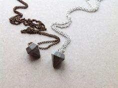Diamant-Kette aus Beton von CleanSweepStuff auf DaWanda.com