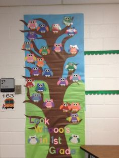 first grade back to school door decorations | Owl Themed Back To School Bulletin Board Idea
