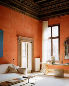 Beautiful plaster walls | Photography by Vincent Leroux