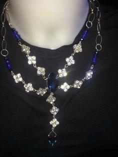 Ultima della settimana: #collana #cristalli trasparenti e blu. Info@oro18.eu #oro18 #bigiotteria #bijoux  Presto su www.oro18.eu