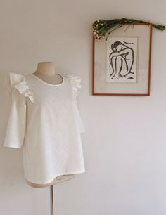50 Trendy Ideas For Sewing Projects Clothes Tunics Sewing Clothes, Diy Clothes, Clothes For Women, Diy Vetement, Couture Sewing, Couture Tops, Mode Inspiration, Top Pattern, Diy Fashion