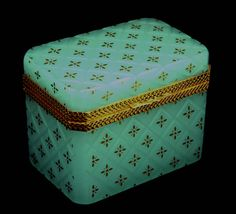 Antique French pale green opaline dresser box with crosshatched diamond cuts, each diamond with a stylized gilt flower, having ormolu mounts. Antique Boxes, Antique Glass, Alabaster Box, Pierre Turquoise, Glass Dresser, Turquoise Glass, Pretty Box, Glass Boxes, Opaline