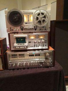 high end audio equipment for sale Radios, Hi Fi System, Audio System, Equipment For Sale, Audio Equipment, Big Speakers, Radio Antigua, Recording Studio Home, Audio Sound