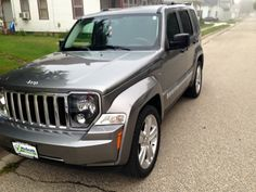 "2012 Jeep Liberty ""Jet"" edition. Factory with 20's"