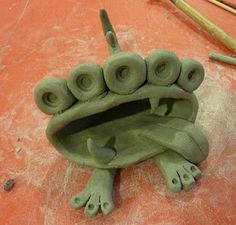 pinch pot monsters. This site has lots of cute clay projects and other stuff  beingcr8iv.blogsp...