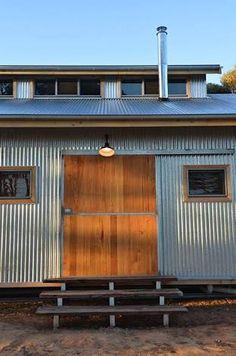 Resultado de imagen de shearing shed house torrumbarry Shed Homes, Kit Homes, Tiny Home Office, Ideal Home, House Floor Plans, Play Houses, Tiny House, Home Improvement, Shearing