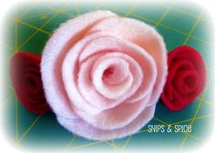 Felt Roses (Tutorial - just add magnet)