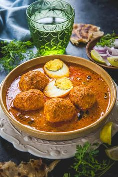 Like all Chettinad curries that I had tried, Chettinad Egg Curry tastes great! Here is a traditional recipe to make egg curry in Chettinad Style. Curry Recipes, Veg Recipes, Asian Recipes, Vegetarian Recipes, Cooking Recipes, Healthy Recipes, Savoury Recipes, Quick Recipes, Salmon Recipes