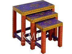 meble indyjskie kolorowe - trzy małe stoliki http://karinameble.pl/