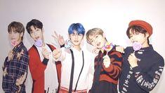 Cute Images, Cute Photos, Kai, Popteen, Korea Boy, Shared Folder, Aesthetic Pastel Wallpaper, Group Photos, Photo Wallpaper