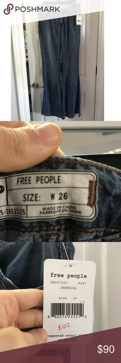 Brand New Free People Flare Jeans! Brand new Free People flare jeans!! I bought them TODAY (4/4/18) in my regular size (26). I got home to try them on and they don't fit over my butt! Sadly, I can't return or exchange them. They are super cute and super comfortable, however! They need a new home! Free People Jeans Flare & Wide Leg