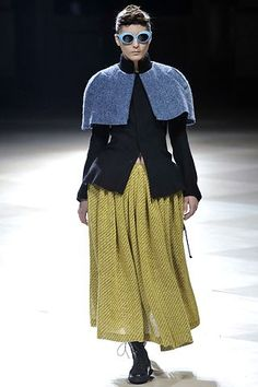 Yohji Yamamoto Fall 2008 Ready-to-Wear Collection Photos - Vogue