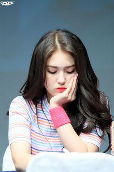 Korean Beauty Girls, Beauty Full Girl, South Korean Girls, Korean Girl Groups, Jung Chaeyeon, Choi Yoojung, Kim Sejeong, Jeon Somi, Girls Dpz
