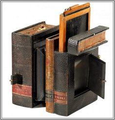 Scovill's Book Camera, introduced in 1892.