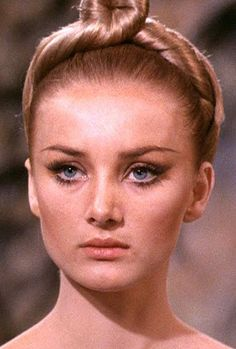 Barbara Bouchet eye-shadow