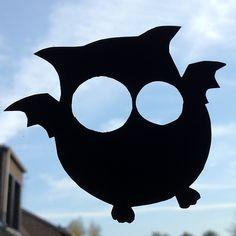 Halloween-basteln ganz easy: Fleulen fürs Fenster