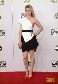 Taylor Schilling in Vionnet @ 2014 American Music Awards