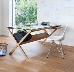 Secretária Ideal para qualquer pequena área de trabalho com seu estilo minimalista