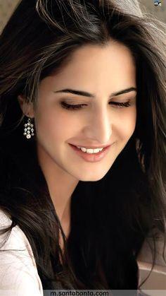 My fiv katrina Katrina Kaif Wallpapers, Katrina Kaif Images, Katrina Kaif Hot Pics, Katrina Kaif Photo, Beautiful Bollywood Actress, Most Beautiful Indian Actress, Beautiful Actresses, Bollywood Girls, Bollywood Fashion