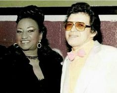 Celia Cruz and Hector Lavoe! Puerto Rico, All Star, Puerto Rican Music, Musica Salsa, Salsa Music, Latin Music, Famous Singers, Black Girls Rock, Music Icon