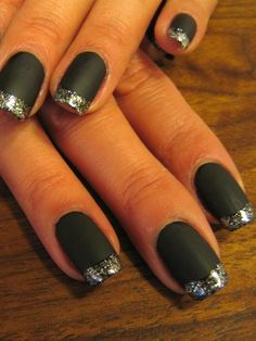 Love these matte black + silver sparklers! #nails #nailart