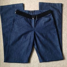 EXPRESS DESIGN ESTUDIO JEANS  Nicely designed, this jeans are perfect for any occasion. Barely Boot. Express Jeans Boot Cut