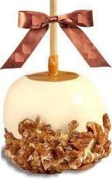 manzana cubierta con chocolate blanco nueces y cajeta