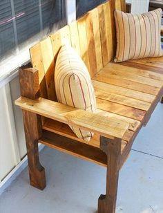 DIY Pallet Farmhouse Bench - Front Porch Bench | 101 Pallets
