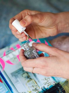 This Nail Trend Is Mesmerizing — & SO Easy To Do+#refinery29