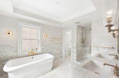 Beautiful Dream Bathroom Design Ideas For Your Home Classic Bathroom, Modern Bathroom Design, Simple Bathroom, Bathroom Interior Design, Bathroom Styling, Contemporary Bathrooms, Bathroom Designs, Cheap Bathroom Remodel, Bathroom Renovations
