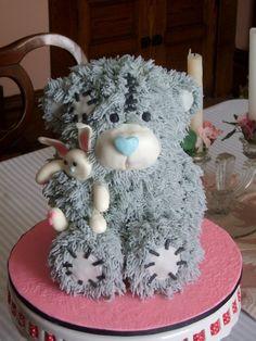 Tatty Teddy Bear Cake - I want to hug (not eat) him
