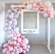 Balloon or bubble frame around oversized poloroid frames for photo booth - . - Pyjamaparty - Balloon or bubble frame around oversized poloroid frame for photo booth – bubble frame - Polaroid Photo Booths, Photo Booth Frame, Diy Polaroid, Photobooth Backdrop Diy, Photo Booth Stand, Party Photo Frame, Polaroid Wedding, Birthday Photo Frame, Deco Baby Shower