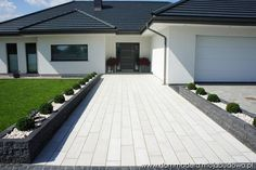 Best Indoor Garden Ideas for 2020 - Modern Modern Landscaping, Front Yard Landscaping, Bungalow Haus Design, Driveway Design, Driveway Ideas, Backyard Patio Designs, Exterior Makeover, House Landscape, House Entrance