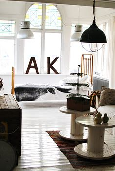 7 Exciting Tips AND Tricks: Industrial Cafe Architecture industrial interior cuisine.Industrial Bedroom Loft romantic industrial home. Industrial Style Kitchen, Industrial Interiors, Industrial Living, Industrial Furniture, Vintage Industrial, Industrial Table, Industrial Farmhouse, Design Industrial, Industrial Bookshelf