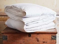 "Choosing a new duvet isn't easy, especially when the seasons are changing. Before you know it, your head will be full of phrases like ""tog ratings"" and ""fill power"", but you may be none the wiser. Here's our step-by-step guide."