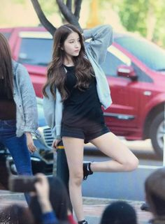 Sowon Kpop Girl Groups, Kpop Girls, Asian Woman, Asian Girl, Gfriend Sowon, Cloud Dancer, Entertainment, G Friend, Nanami