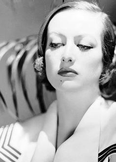 Joan Crawford                                                       …