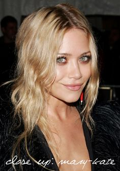 Makeup for blond hair and green eyes