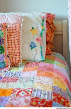 Simple Summer Sunshine Quilt Finished via cottagemagpie.com!