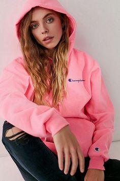 Champion & UO Reverse Weave Mini Logo Hoodie Sweatshirt